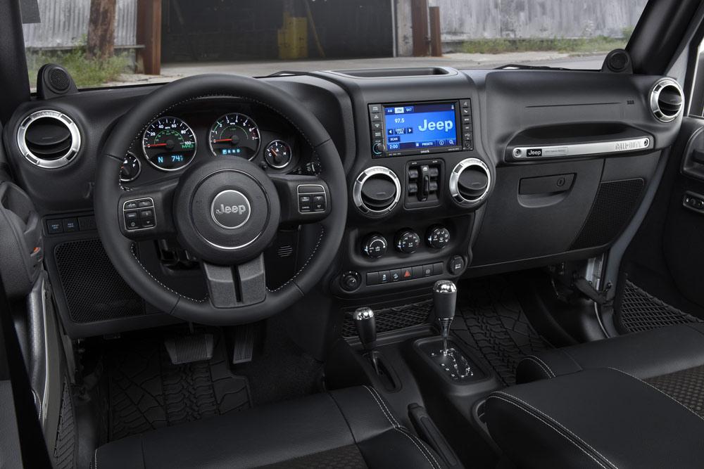 0-2012-jeep-wrangler_100361722_l.jpg