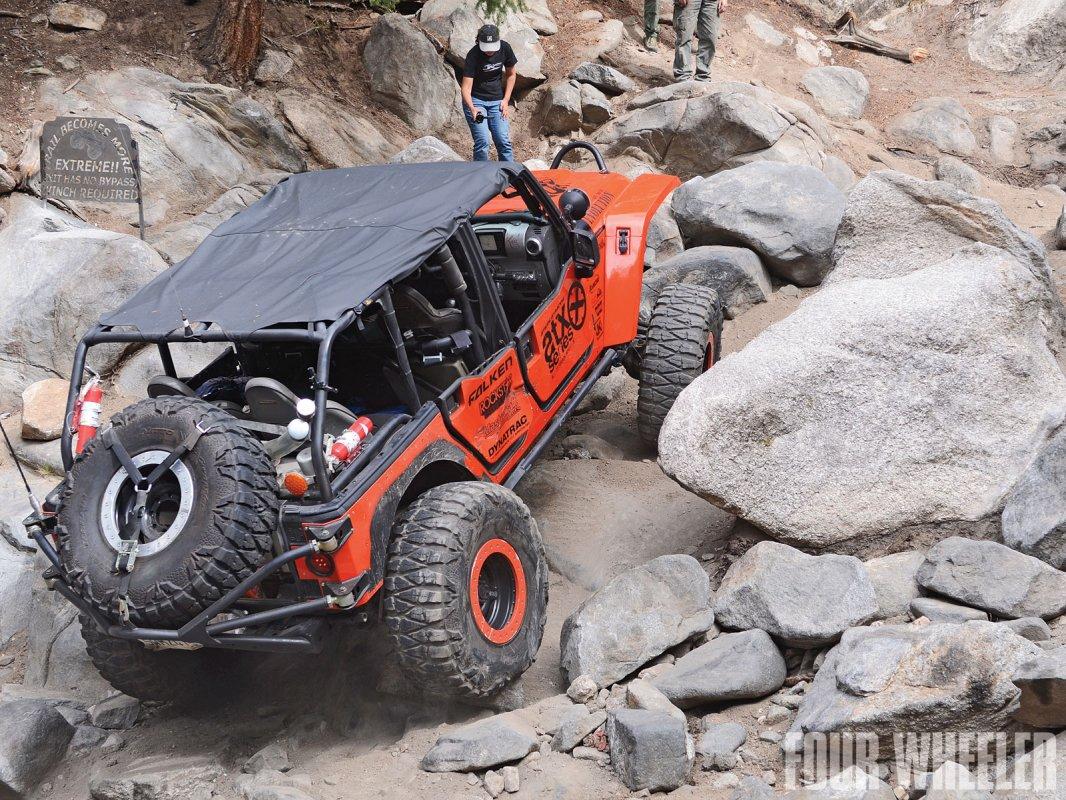 0129_1204_11-2012_top_truck_challenge_challengers-2007_jeep_wrangler_unlimited.jpg