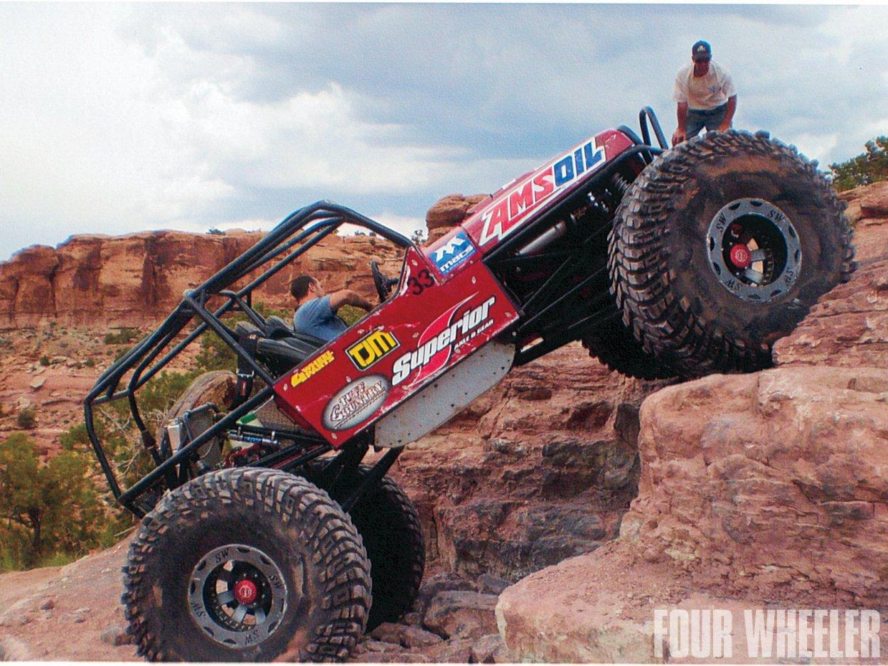 0129_1204_14-2012_top_truck_challenge_challengers-2010_jeep_wrangler_buggy.jpg