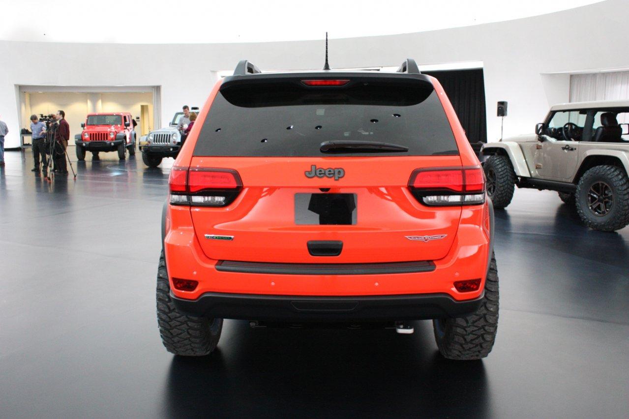 04-jeep-grand-cherokee-trailhawk-ii-concept.jpg
