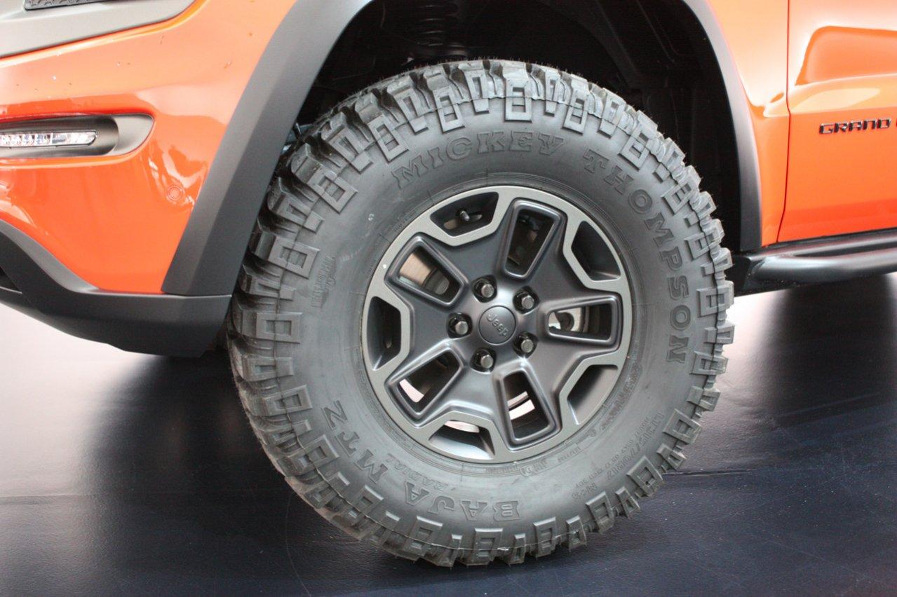 09-jeep-grand-cherokee-trailhawk-ii-concept.jpg