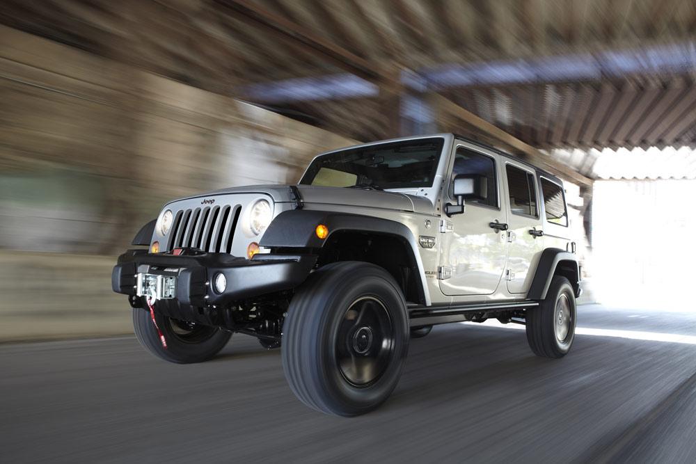 1-2012-jeep-wrangler_100361720_l.jpg