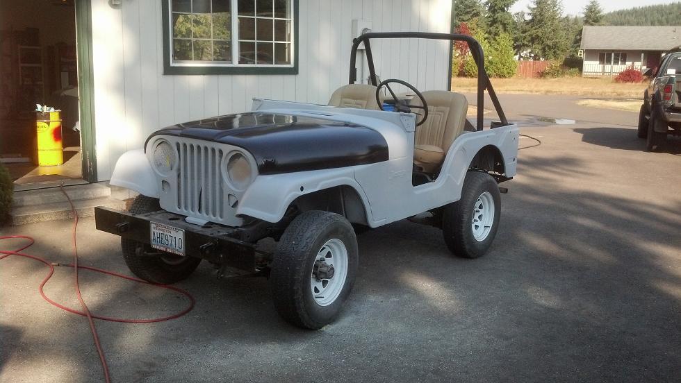 12-jeeps-new-hood.jpg
