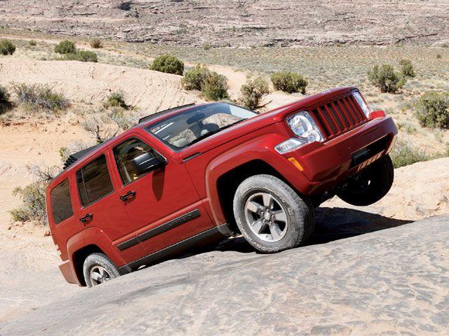129_0711_01_z-2008_jeep_liberty-passenger_side_view.jpg