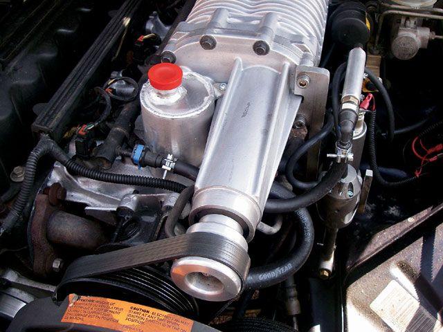 131_0803_10_z-40l_jeep_xj_cherokee-power_steering_pump.jpg