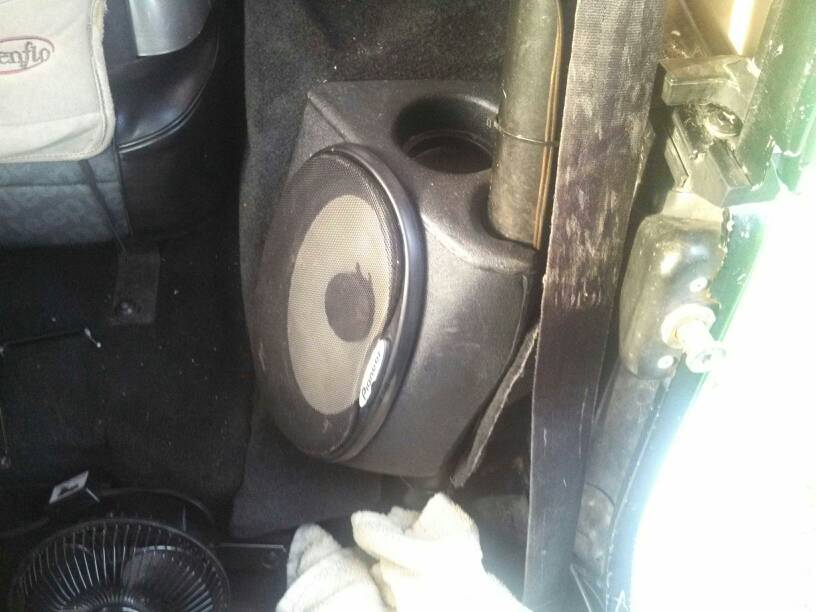 Rear Speaker Sound Wedge Photos Jeepforum Com
