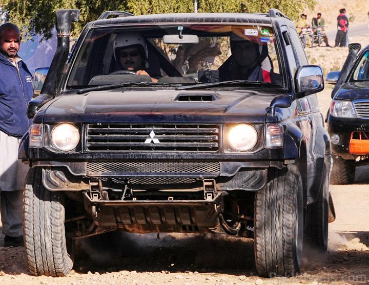 174233-ijc-rally-team-jhal-2010-experience-race-launch.jpg