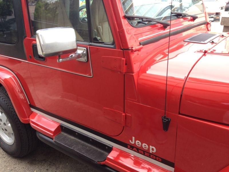 1994-jeep-wrangler-laredo-mirrors.jpg