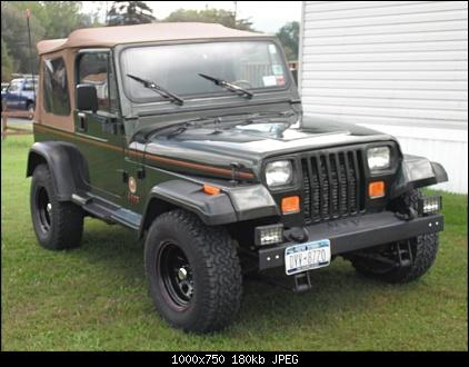 1995-jeep-wrangler-sahara-002.jpg