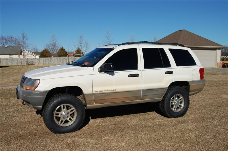 2000-jeep-001-medium-.jpg
