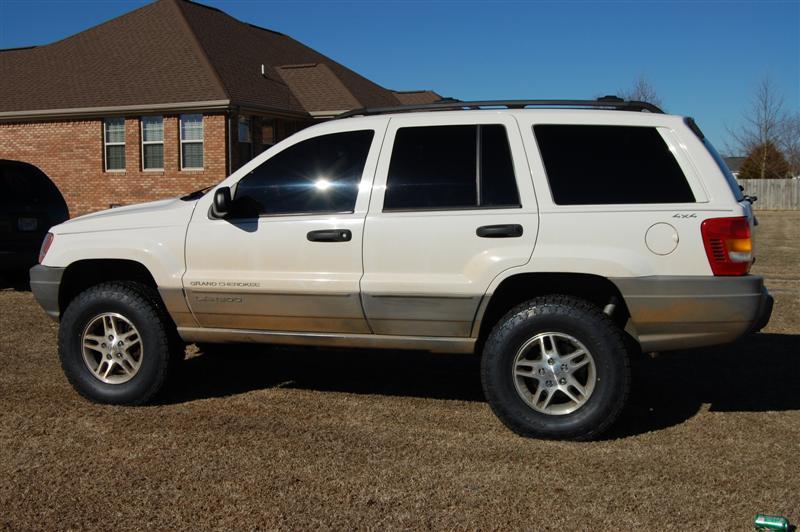 2000-jeep-002-medium-.jpg