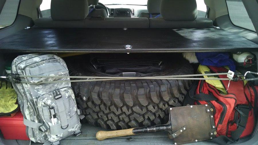 2005-jeep-wk-rear-shelf-1.jpg