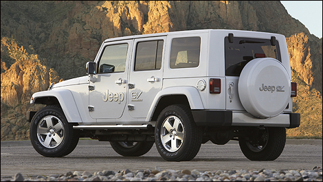 2010_jeep_wrangler_ext_2.jpg