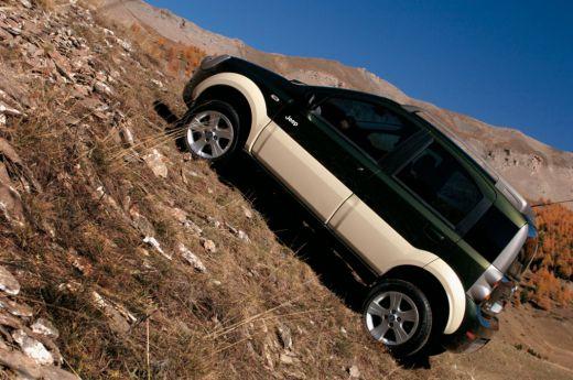 2011-jeepphonix4.jpg