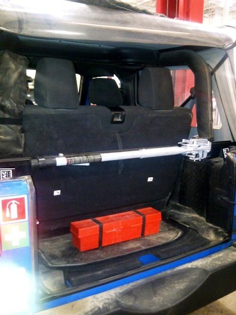 2011-wrangler-jk-sport-rear-cargo-area.jpg