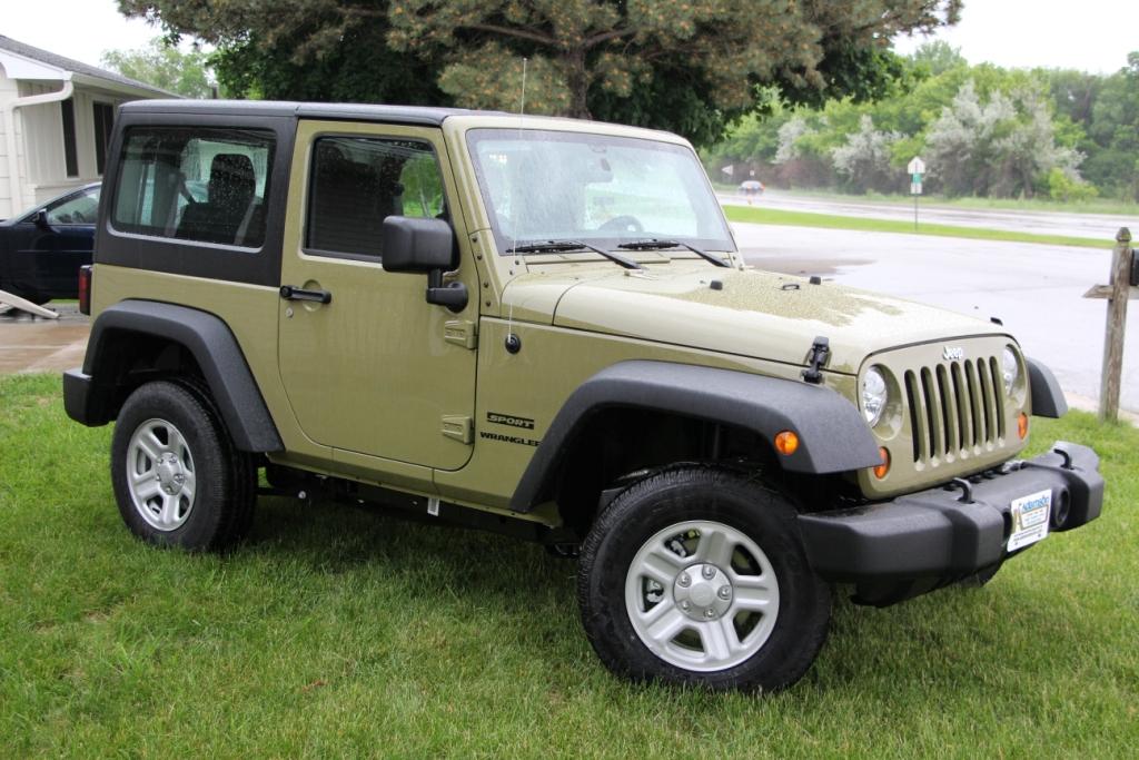 2013-jeep-jk-030.jpg