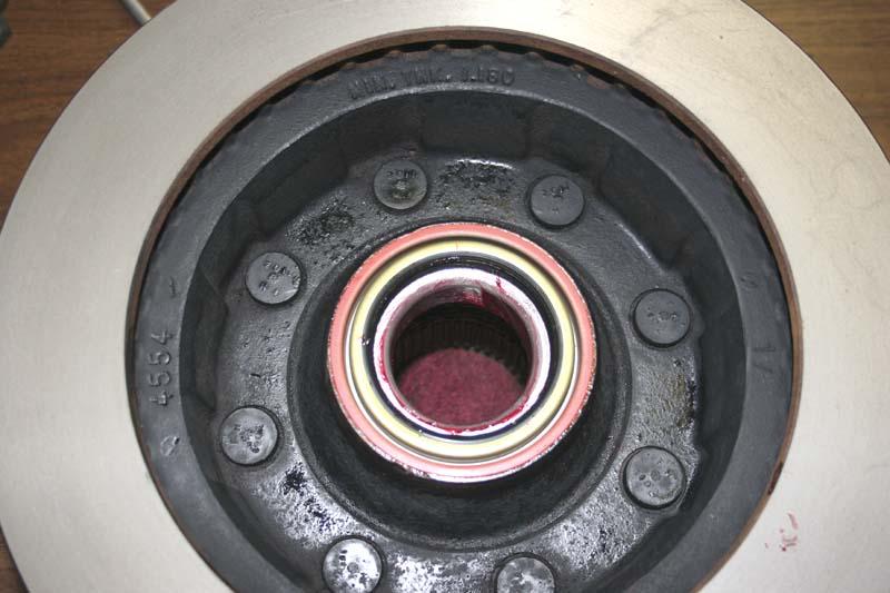 8-4-hub-seal.jpg