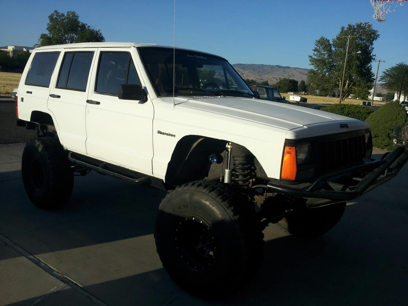 92-jeep-cherokee.jpg