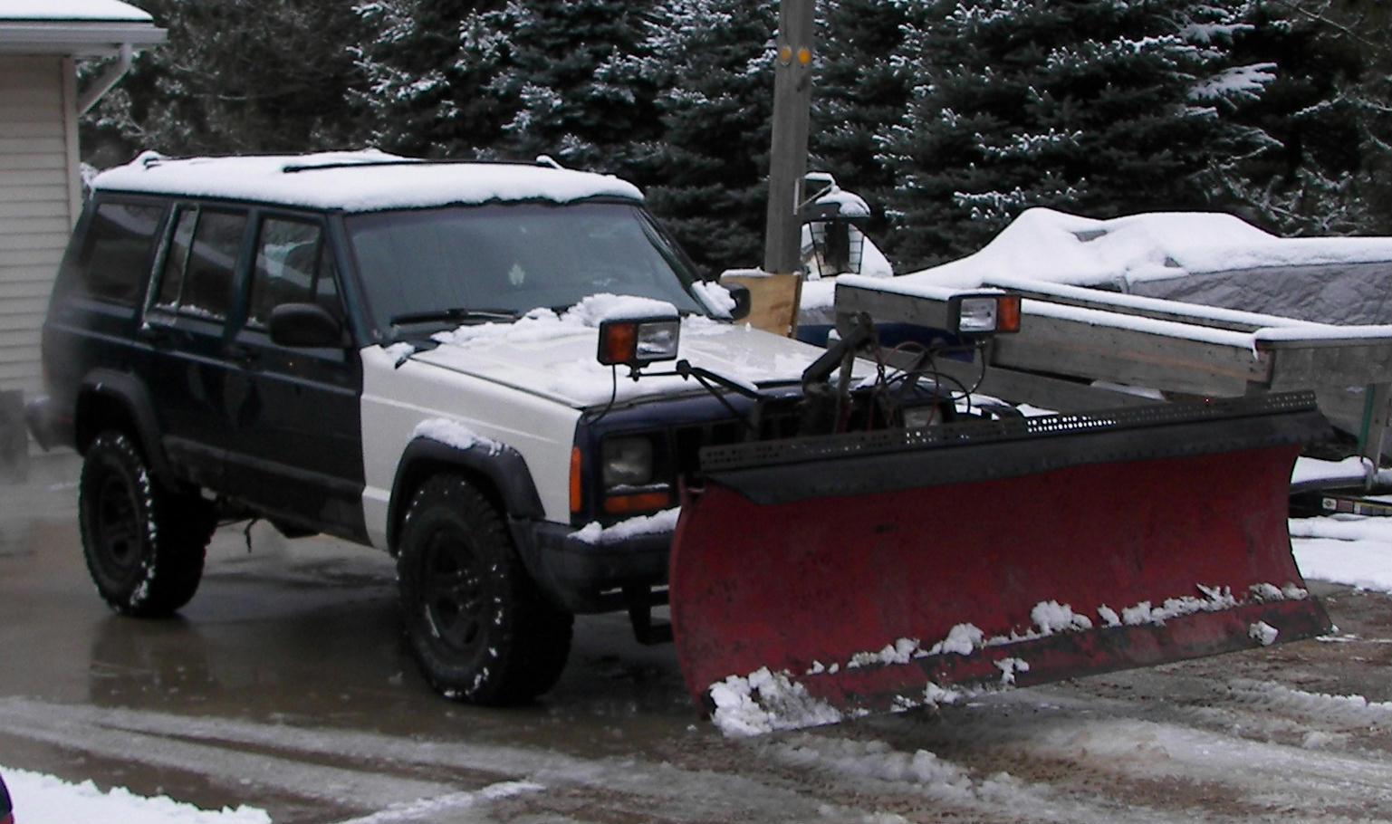 95-jeep-cherokee-plow.jpg