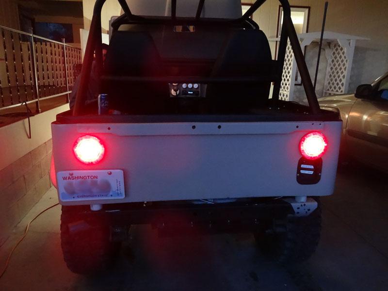 Name:  brake lights.jpg Views: 272 Size:  83.9 KB