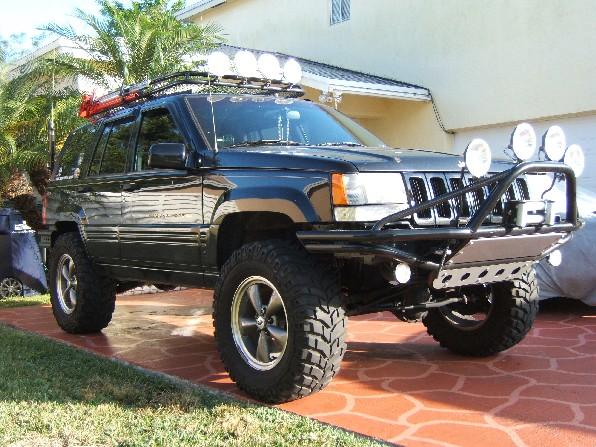 bumper-4-lights-right.jpg