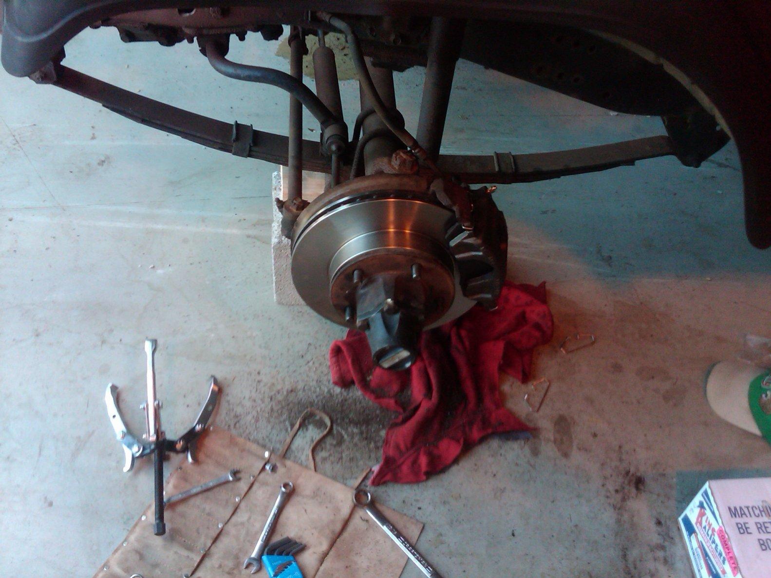 cj-new-fr-brakes-2.jpg
