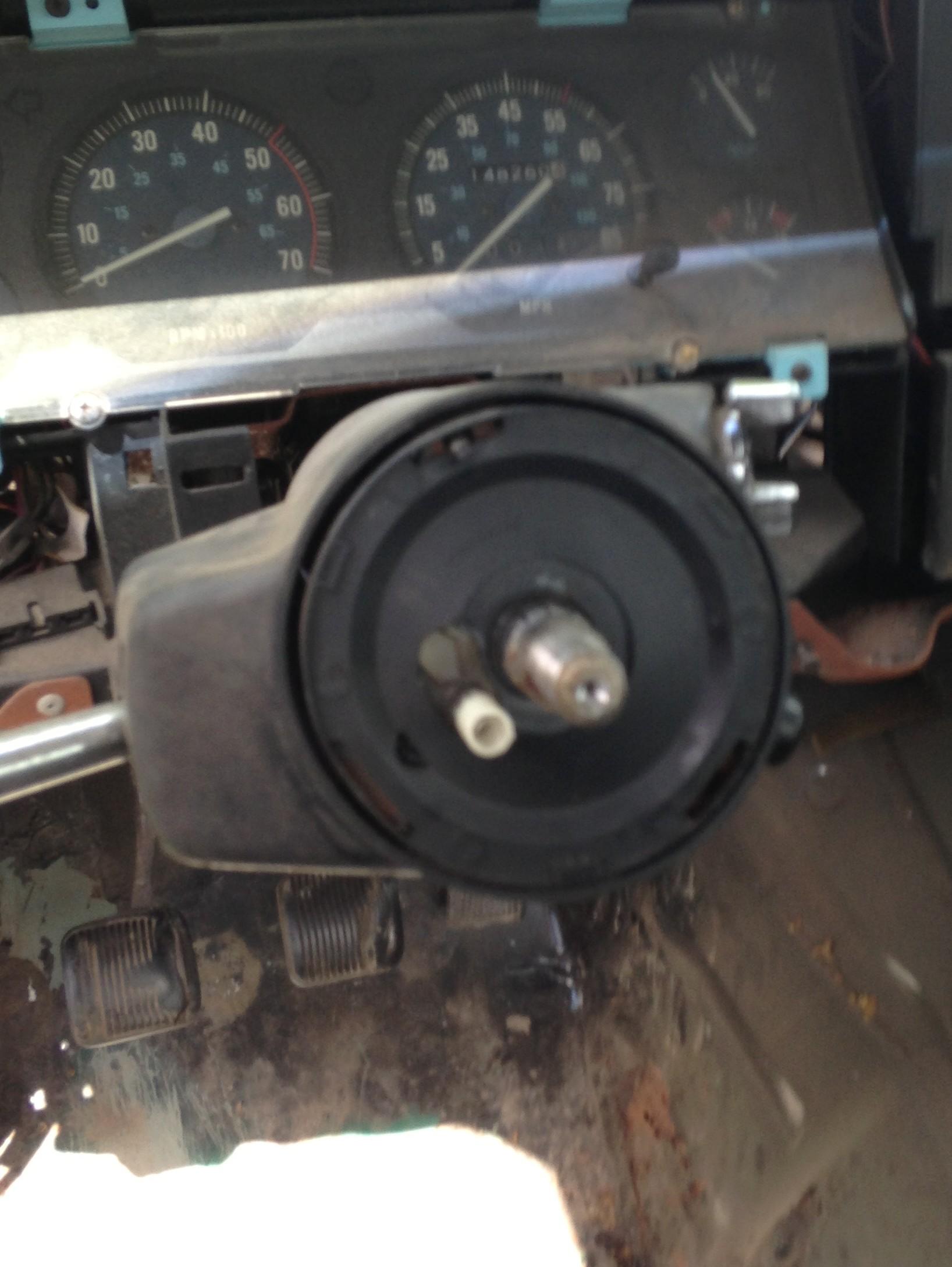 comanche-steering-wheel.jpg