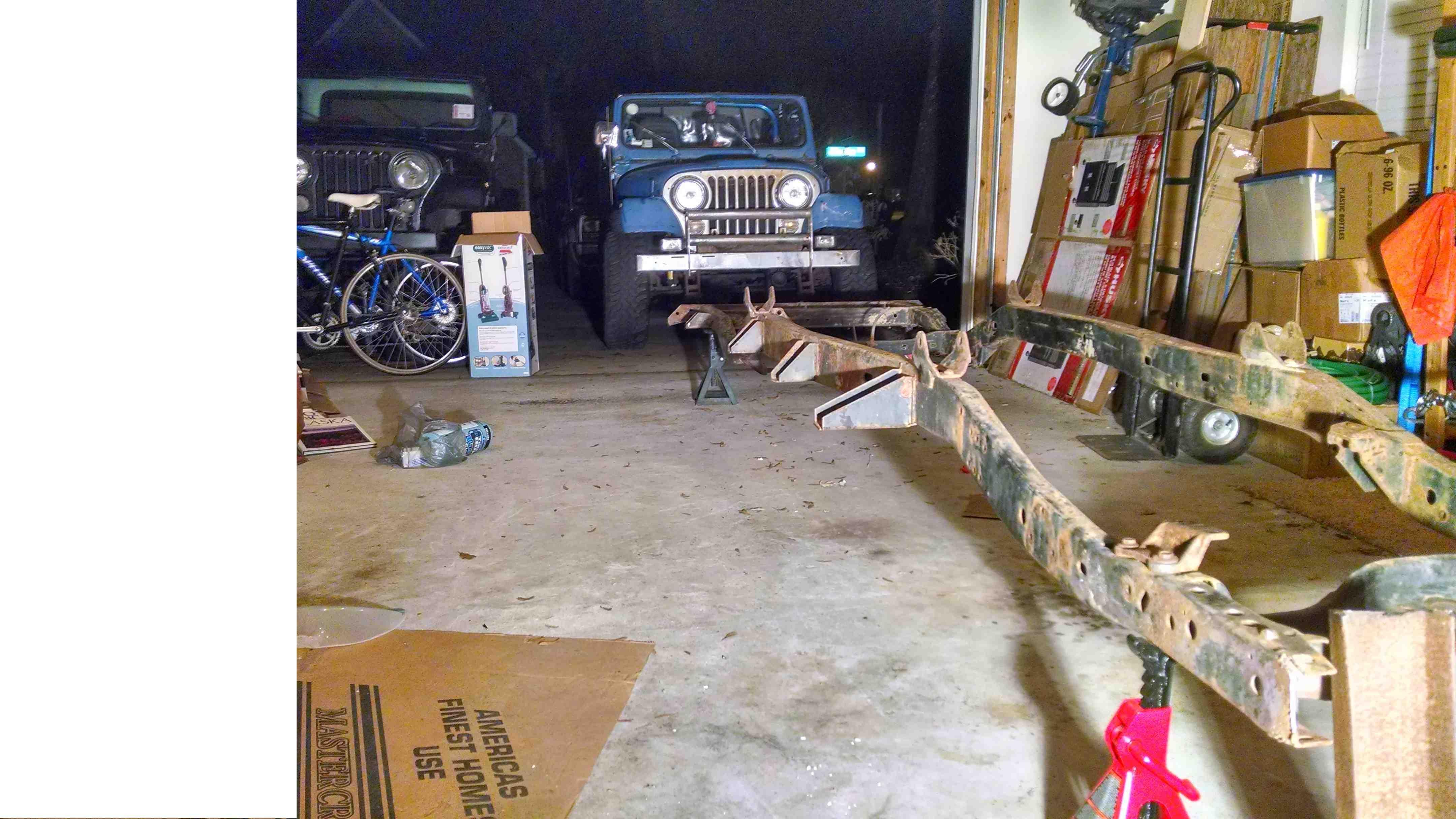 frame-jeeps2.jpg
