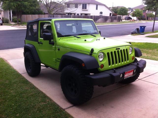 green_jeep.jpg