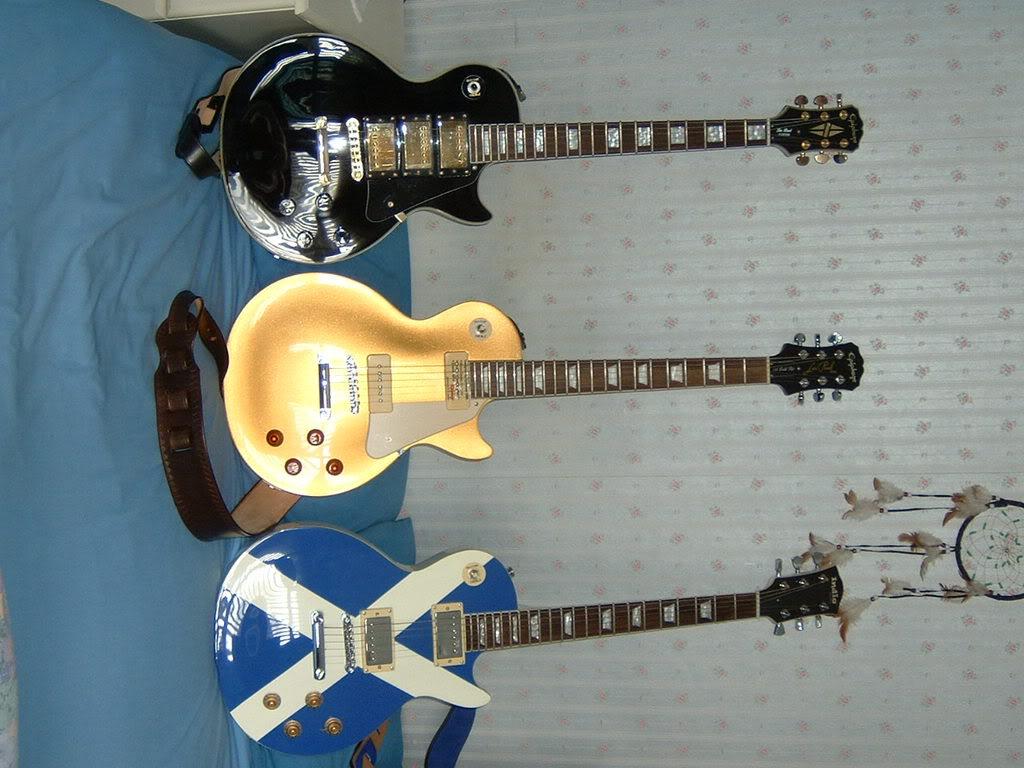 guitars2008003.jpg
