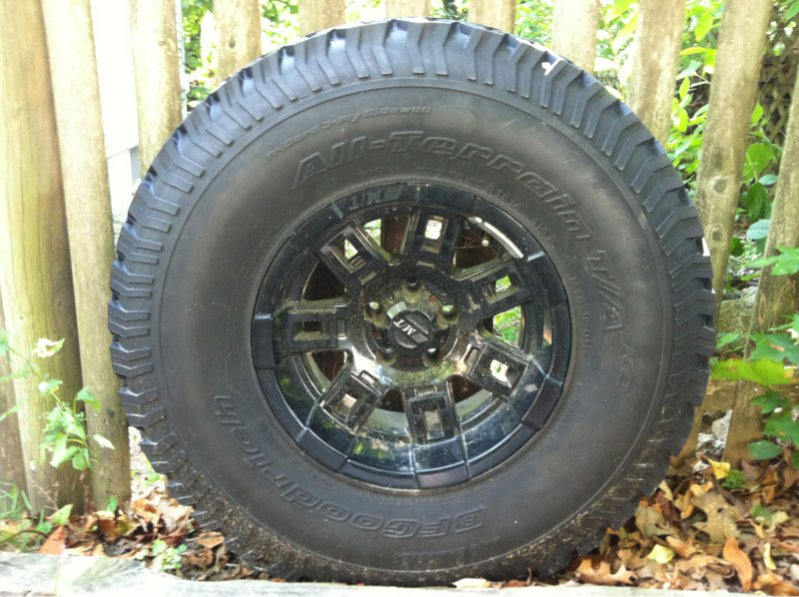 33x10.50x15 Wheel/Tire 462926d1346353299-04-tj-build-up-stock-image-277235177