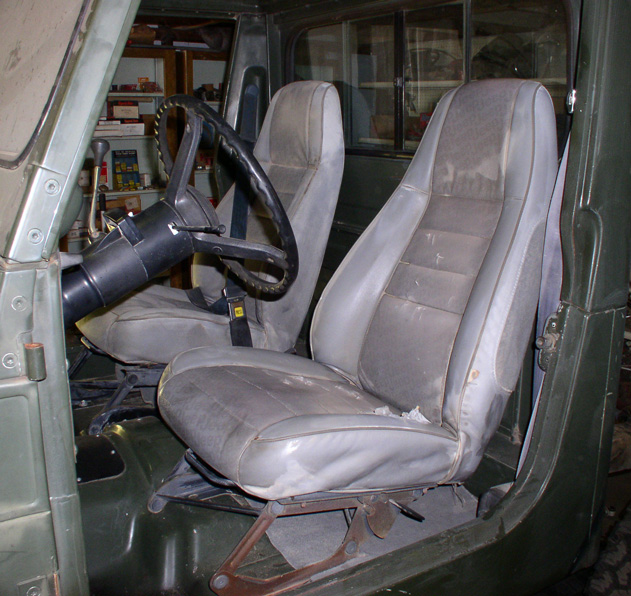interior-seats-003.jpg