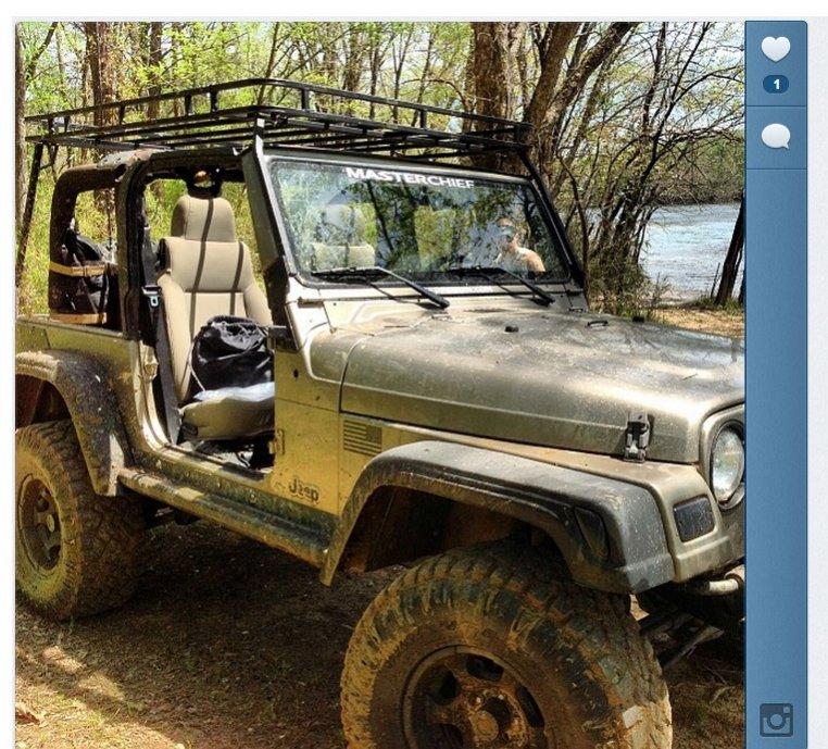 jeep-river.jpg