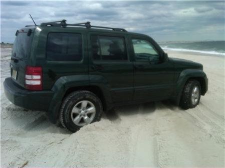 jeep-beach-2.jpg