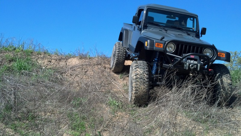 jeep-brute-111-.jpg