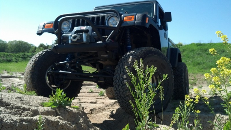 jeep-brute-115-.jpg