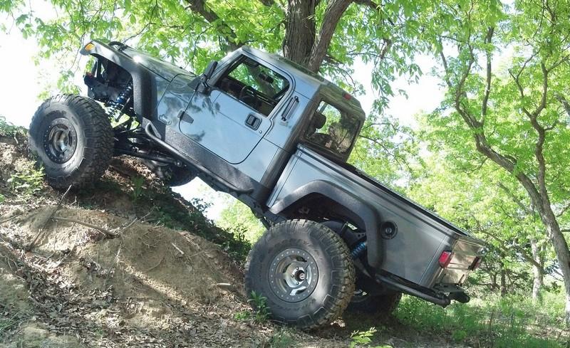 jeep-brute-116-.jpg