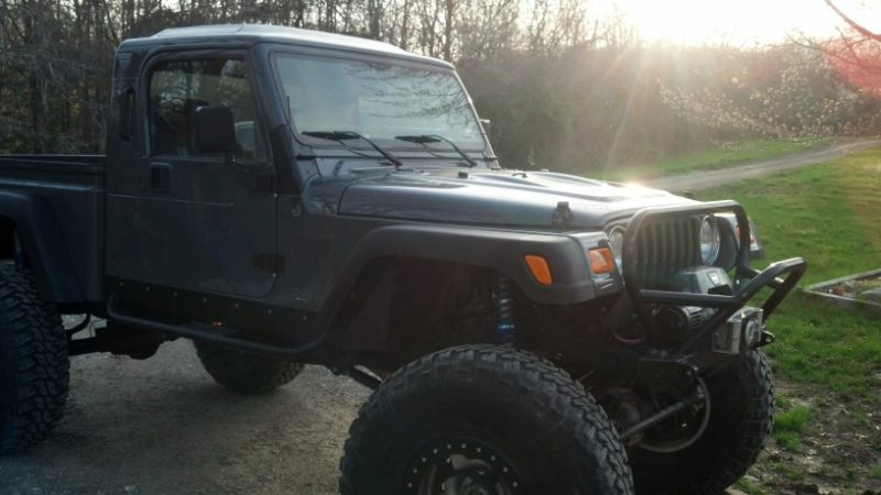 jeep-brute-4x4-1.jpg