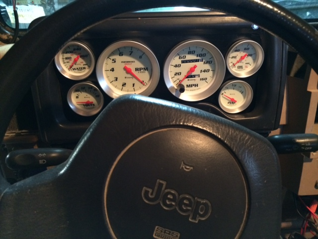 jeep-dash.jpg