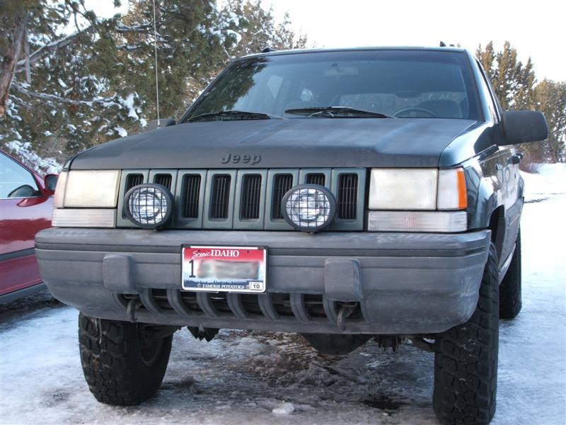 jeep-front-bumper-receiver-001-medium-.jpg