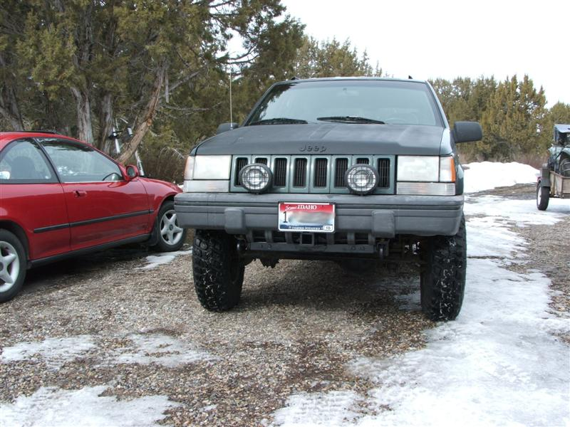 jeep-front-bumper-receiver-014-medium-.jpg