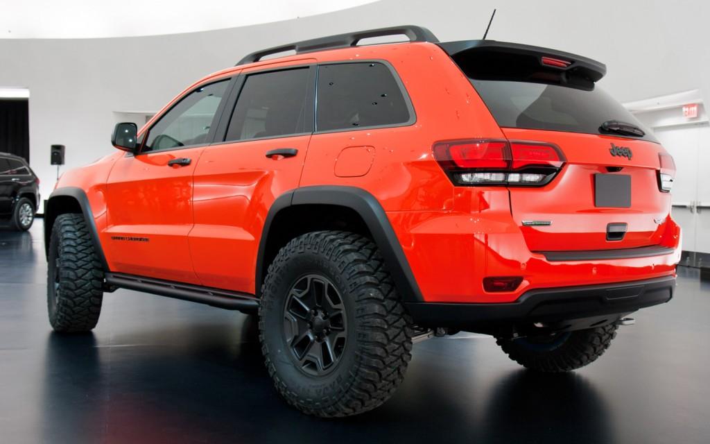 jeep-grand-cherokee-trailhawk-ii-concept-rear-three-quarters-view-1024x640.jpg