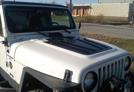 jeep-hood-2.jpg