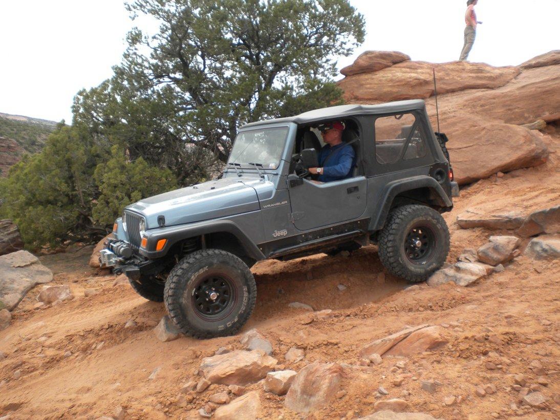 jeep-moab1.jpg
