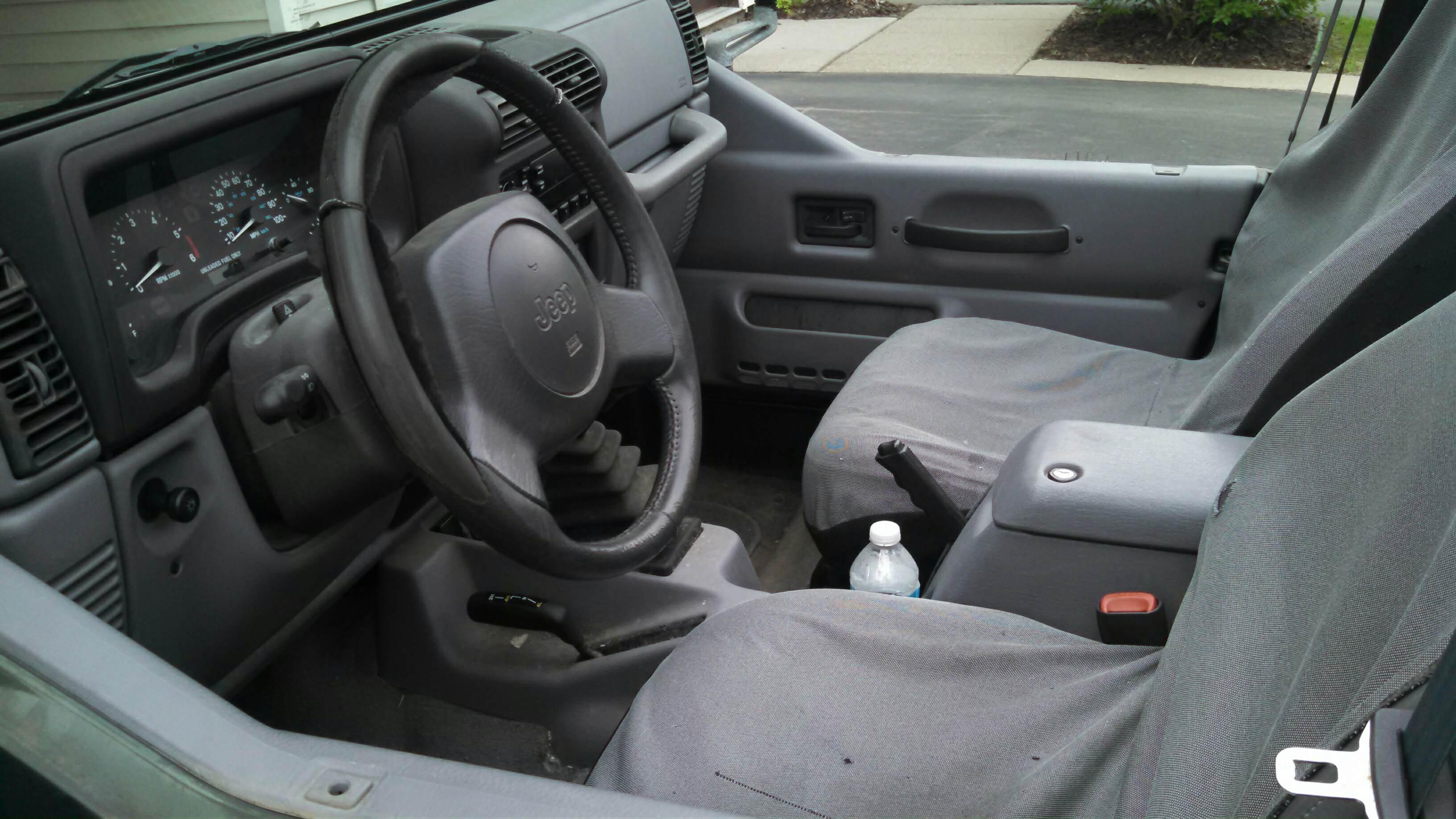 jeep-interior.jpg