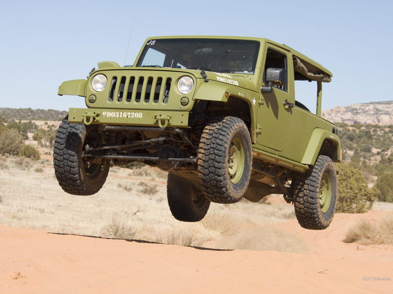 jeep-j8-2d-3.jpg