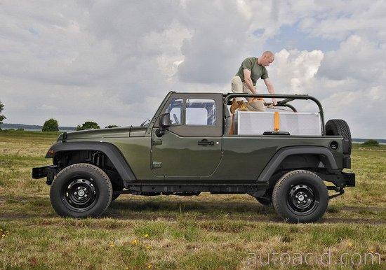 jeep-j8-green-2d.jpg