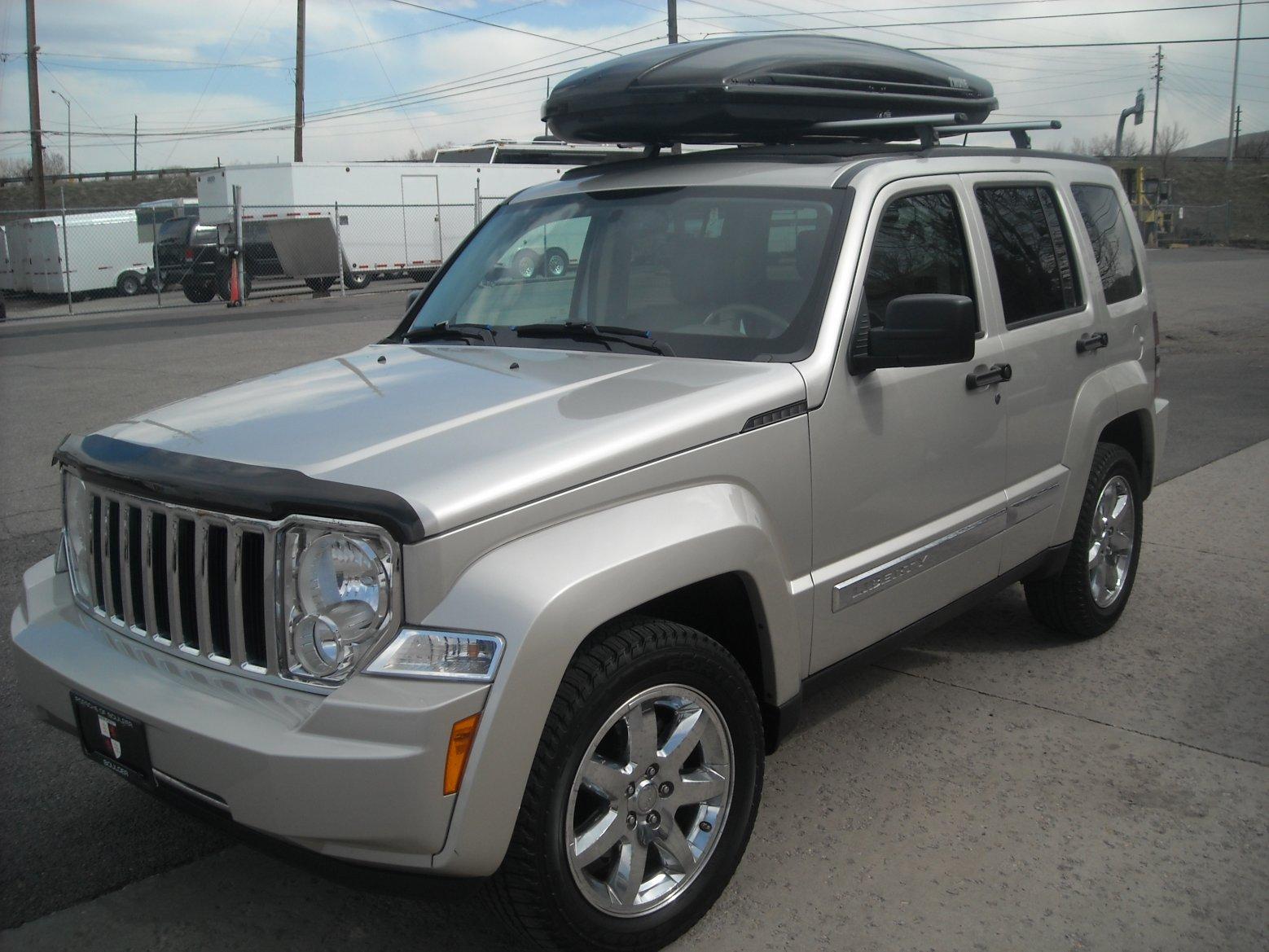 jeep-liberty-sky-slider-roof.jpg