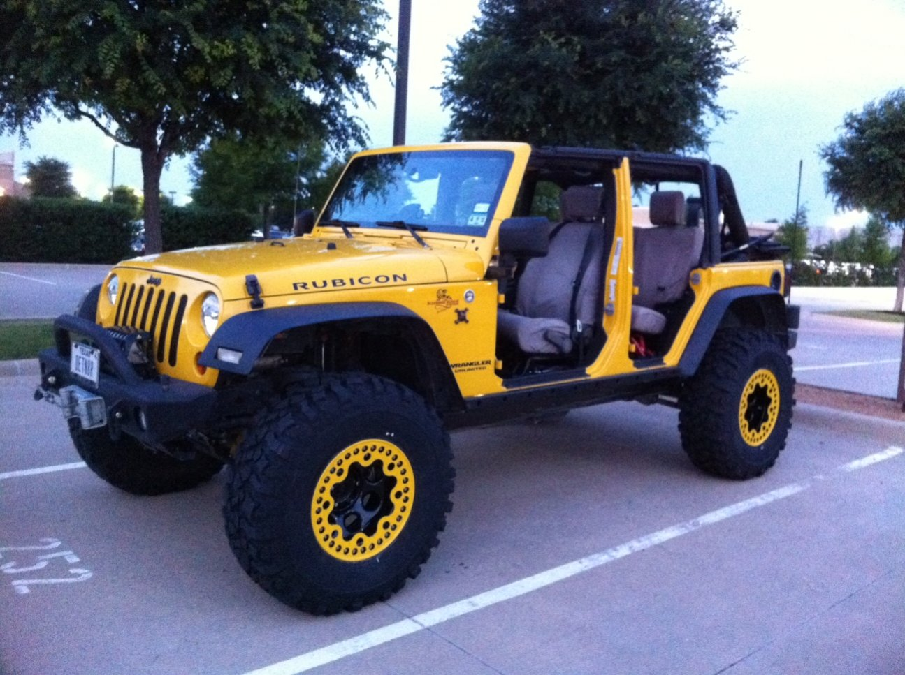 jeep-med..jpg