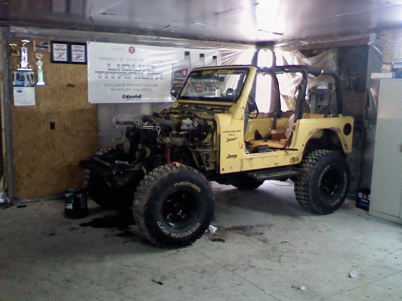 jeep-minus-clip.jpg